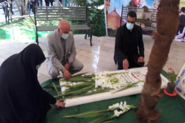 آیین غباروربی و عطرافشانی گلزار شهدای شهر دماوند و افتتاحیه نمایشگاه هفته دفاع مقدس