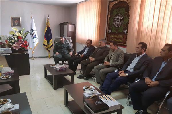 دیدار شهردار و اعضاء شورای اسلامی شهر با فرمانده سپاه ناحیه دماوند به مناسبت روز پاسدار
