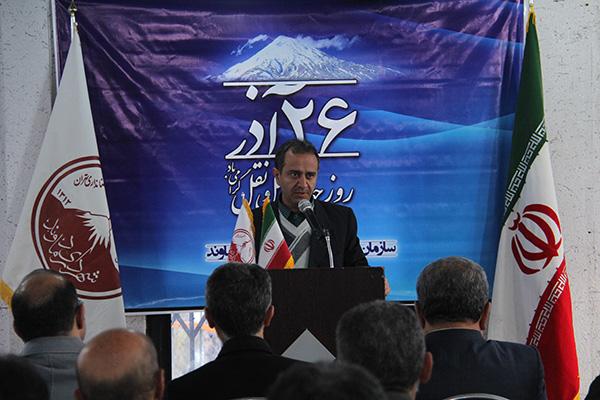 تاكسيرانان نمونه و نمايندگان خطوط حمل و نقل درون شهري دماوند تجليل شدند
